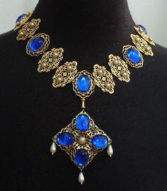 "Sapphire & Sage - Renaissance Medieval Period Movie Film Replication Jewelry Pieces - replica of necklace worn by Glenda Jackson in ""Queen Elizabeth I""."