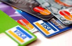 Besonders beliebt und einfach ist die Zahlung per Kreditkarte im Online Casino. Die Variante hat sich bei den Kunden durchgesetzt, doch leider mussten die Kreditkartenanbieter sich aus dem amerikanischen Markt zurückziehen, da diese vor Ort mit illegalen Geschäften in Form von illegal angebotenem Online Glücksspiel in Verbindung gebracht wurden.