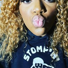 Kiss me for good luck #TamaraBubble #Brooklyn #NewYork #hiphop #rapper #MyCelebrityDreamWedding #VH1 @stereogum @IamDebraLee @irvingazoff @guyoseary #musicphotography #musicmakers #MusicDiscoveryXO #music #news #MusicLicensing #KissMe #GoodLuck #MakeAWish Wedding Music, Dream Wedding, Hip Hop Music Videos, Music Licensing, Independent Music, Concert Tickets, Music Industry, Public Relations, Discovery