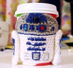 DIY crochet coffee cozy which keep coffee in cups warm while protecting fingers from the heat. http://hative.com/cool-crochet-coffee-cozy-ideas-tutorials/