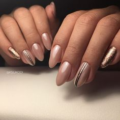 Nude manicure 2018 – fashion trends of design - Fashion Almond Acrylic Nails, Best Acrylic Nails, Oval Nails, Toe Nails, Fabulous Nails, Perfect Nails, 1920s Nails, Nail Desighns, Subtle Nail Art