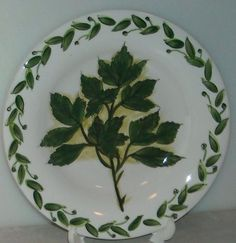 BOTANICALS HERB PLATE Tabletops Unlimited Salad Plate Green White