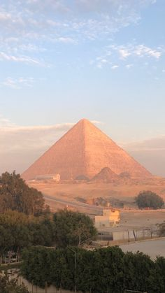 Louvre, Journey, Building, Travel, Inspiration, Heart And Souls, Destinations, Construction, Biblical Inspiration