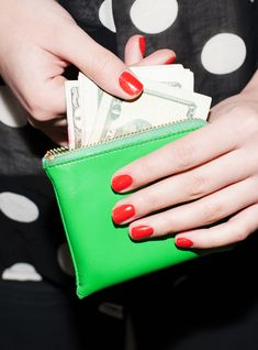 The Millennial Money Problem No One Talks About #refinery29  http://www.refinery29.com/student-loans-information