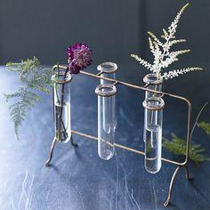 Brass Pippin Flower Rack