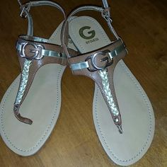 GUESS SANDAL NEW WITH OUT TAGS NEW GUESS Shoes Sandals