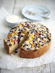 Nectarine & blueberry cake with vanilla cream (photography Stuart Ovenden)