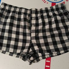 Ladies Victoria's Secret pajama boxers size medium Ladies Victoria's Secret pajama boxers size medium. In excellent used condition. Victoria's Secret Intimates & Sleepwear