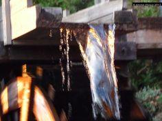 Jemina Staalon Veden vuosi 2: Linnanmäen vesivoima auringonlaskussa