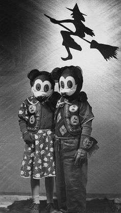 1940s Mickey & Minnie!