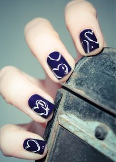 Nail art shouldn't be all complicated drawings and swirly and glittery designs. Here's one that is both simple and rather imperfect (in a good way).