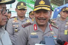 Tribratanews.com - Kepala Kepolisian Republik Indonesia, Jenderal Polisi Badrodin Haiti melakukan pengecekan pelaksanaan pencoblosan Pilkada serenta