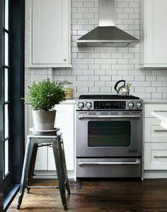 white subway kitchen tile