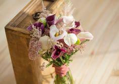 Ramo de novia con callas y peonias, delicado y romántico #Ramo #novia #callas #peonias, #delicado y #romántico