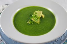 Creamy Vegan Spinach Soup - Thyme and Tarragon