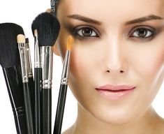NaturalTherapyIndia brings list of best Professional Makeup artists provide professional makeup services in India. To know professional makeup expert in your city browse your directory Makeup Tools, Makeup Brushes, Makeup Ideas, Makeup Hacks, Best Foundation Makeup, Beauty Makeup, Eye Makeup, Clean Makeup, Top Beauty