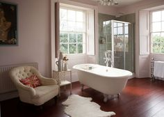22 Ideas for bath room spa style apartment therapy Fairytale House, Bathroom Spa, Design Bathroom, Grey Walls, Beautiful Bathrooms, Bathroom Inspiration, Apartment Therapy, Home And Living, House Tours