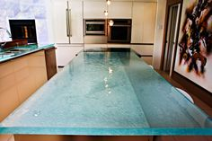 Glass countertop - big size - by ThinkGlass. We can create big glass applications. Photo by Peter Morneau