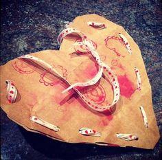Como hacer un bolso de papel para San Valentin