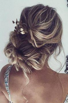 Ulyana Aster Long Wedding Hairstyles & Updos 6 / http://www.deerpearlflowers.com/romantic-bridal-wedding-hairstyles/3/