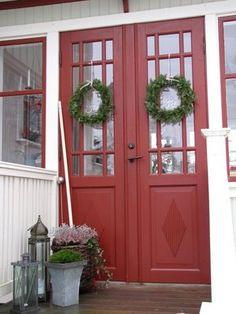 Gård och Lantliv - gamla vackra dörrar
