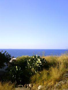 Isola di Capraia  www.weekendagogo.it/ #sea #capraia #mare
