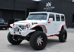 2015 White Jeep Wrangler Sahara Off Road: