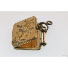 Beautiful Vintage Locket!