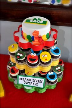 My 2 Pink Ladies: Adorable Sesame Street 1st Birthday Dessert Table