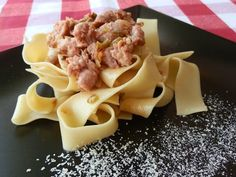 Pappardelle con carne