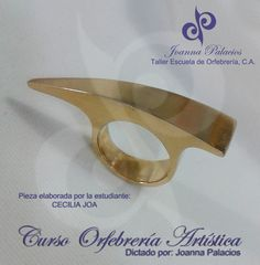 Anillo realizado por nuestra estudiante egresada CECILIA JOA