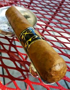 Cigar Dan's Cigar & Coffee Reviews: CX2 Robusto From CAO Cigars cheapashcigar.com