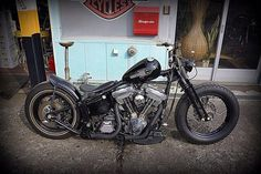 Rogues MC Opmeer is a full color bikerclub with members who ride choppers and harley davidson. Softail Bobber, Bobber Bikes, Harley Bobber, Harley Softail, Bobber Motorcycle, Motorcycle Style, Cool Motorcycles, Custom Harleys, Custom Bikes