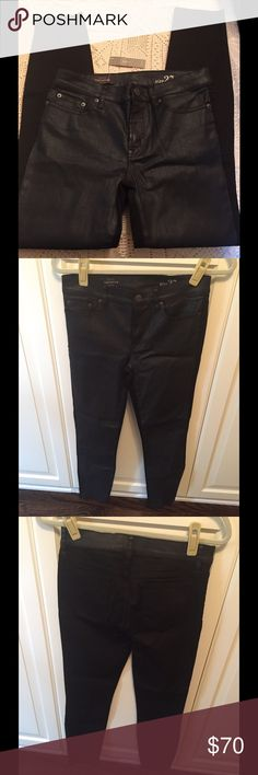 "J.Crew Toothpick Jeans- NEVER WORN‼️ J.Crew Toothpick style jeans in a two tone effect; Cropped-28"" inseam (length will be regular on petite sizes); Special coated Italian cotton gives front a subtle shiny effect; Back of fabric reverses to stretchy curve-hugging denim; Traditional 5 pocket styling; NEVER WORN J. Crew Pants Skinny"