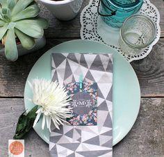 DIY Wedding Crafts : DIY favor idea your guests will love