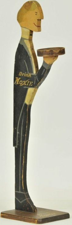 DRINK MOXIE SILENT BUTLER : Lot 1400
