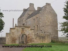 Our Outlander tours from Edinburgh visit Outlander's Lallybroch in Scotland .Visit Lallybroch , Jamie Fraser's home ( Midhope Castle ), Fort William & Linlithgow Palace ( Wentworth Prison ). Outlander Tour, Outlander Film, The Skye Boat Song, Glasgow Airport, Edinburgh City Centre, Stirling Castle, Scotland Tours, Fort William, Group Tours