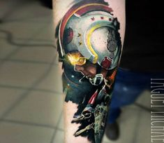Wonderfull realistic tattoo style of Luke Skywalker and X-Wing from Star Wars movie done by artist Michael Taguet Boy Tattoos, Dream Tattoos, Star Tattoos, Future Tattoos, Hand Tattoos, Tatoos, Color Tattoos, Jedi Ritter, Convention Tattoo