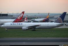 N644UA United Airlines Boeing 767-300ER