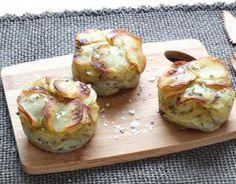 Recette - Mille-feuilles de pommes de terre en vidéo My Recipes, Crockpot Recipes, Soup Recipes, Cooking Recipes, Healthy Recipes, Potato Sides, Potato Side Dishes, Fish Dishes, French Side Dishes
