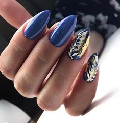 The advantage of the gel is that it allows you to enjoy your French manicure for a long time. There are four different ways to make a French manicure on gel nails. Blue Nail Designs, Winter Nail Designs, Winter Nail Art, Winter Nails, Spring Nail Colors, Spring Nails, Fall Nails, Winter Colors, Summer Nails
