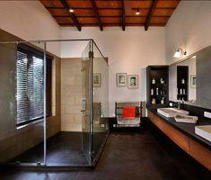 ห้องน้ำแยกโซนเปียกด้วยห้องกระจก