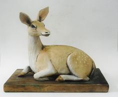 Fallow Deer Fallow Deer, Ceramic Animals, Animal Sculptures, Kangaroo, Ceramics, Pottery Animals, Baby Bjorn, Ceramica, Pottery