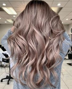 15 Photos Cocoa Blonde: The Trendy Color For 2019 – Page 4 - Frisuren Best 2020 Hair Blond, Brown Ombre Hair, Ombré Hair, Ombre Hair Color, Hair Color Balayage, Hair Highlights, Red Blonde, Brunette Hair, Hair Looks