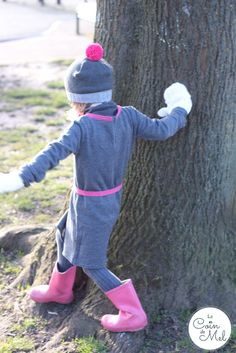 Les Petites Choses French brand for children with Tendre Deal - At the Park - cute grey and pink outfit for a little girl