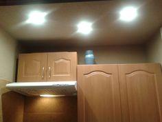 Optymalizacja oświetlenia. Wymiana halogenów na LED w aneksie kuchennym.