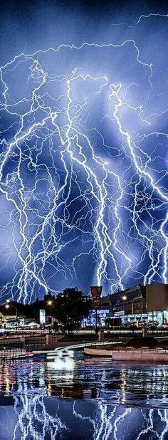 Yikes⚡⚡ Lightning gone wild⚡⚡⚡⚡