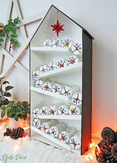 Cool Advent Calendars, Diy Advent Calendar, Candy Christmas Decorations, Holiday Decor, Elf Decorations, Baby Jars, Diy Home Accessories, Advent Calenders, Christmas Crafts