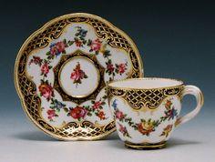 Sévres Porcelain (France) —  Cup and Saucer, 1760 -1761 (700x528)