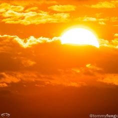 #mulpix Parece que el sol de Maracaibo brilla mas que en otro lado  #tbt  #maracaibo  #zulia  #venezuela  #sunset  #nature  #sky  #naturelovers  #sunrise  #orange  #sun  #onfire  #sunsethunter  #skylovers  #clouds  #picoftheday  #instagood  #worldshotz  #beautifuldestinations  #natural  #cielo  #sol  #naranja  #nubes  #atardecer  #hornocity  #tb